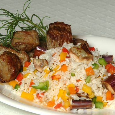 Rice with beef and vegetables