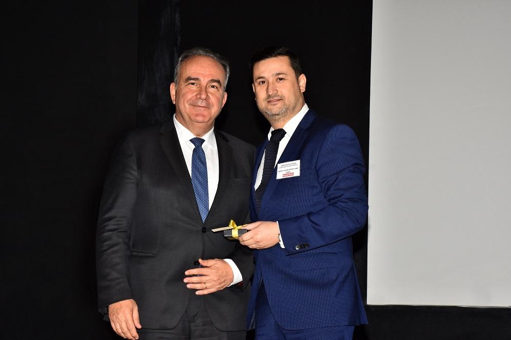 """Βραβείο """"Best Launching 2019"""" για το 3αλφα Καστανό Ρύζι 10'"""
